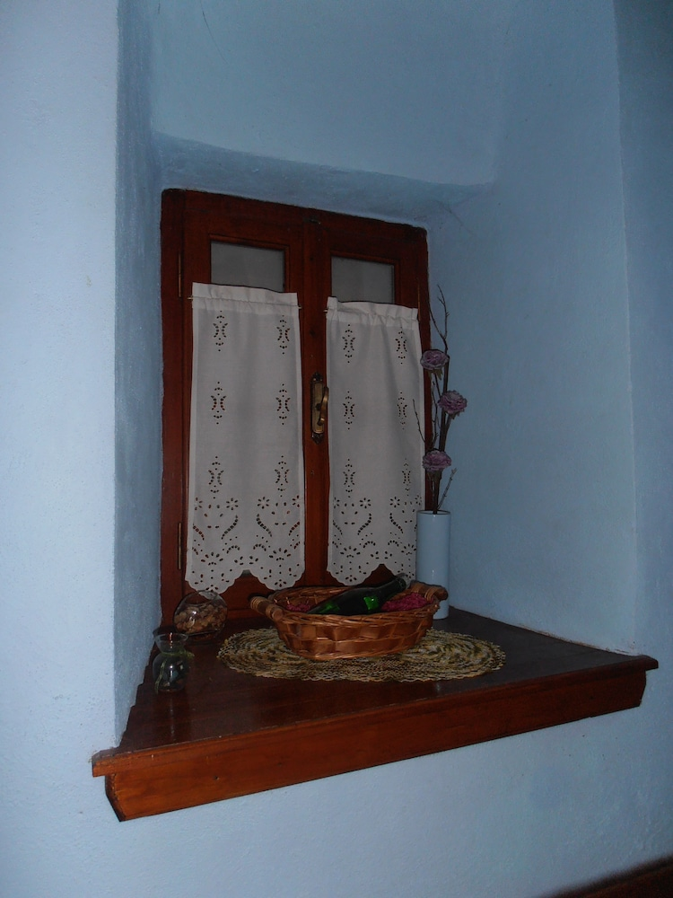 Interior Detail, Mansion Terpou