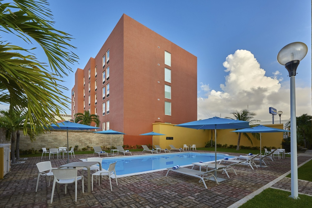 Featured Image, City Express Junior Cancun