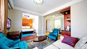 Premium bedding, Tempur-Pedic beds, minibar, in-room safe