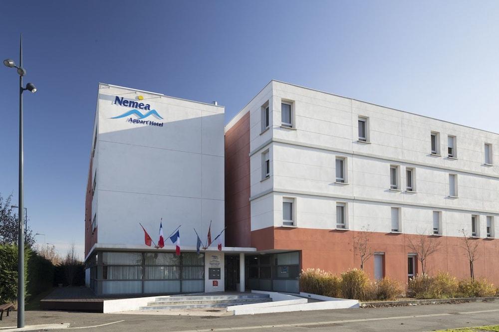Nemea appart hotel toulouse constellation reviews for Appart hotel toulouse