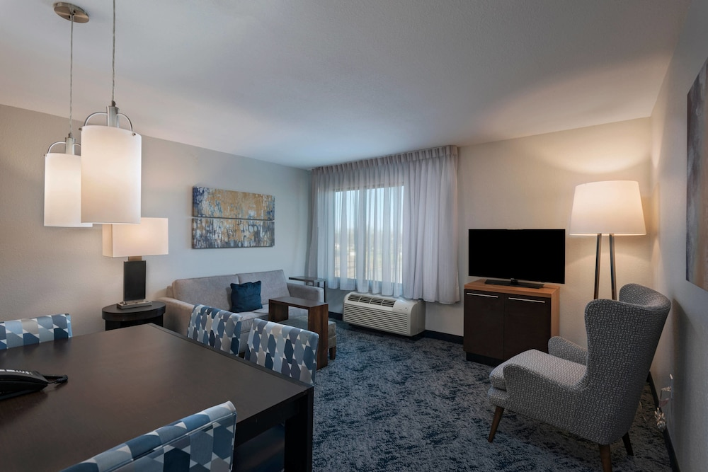 Room, TownePlace Suites Monroe