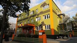 Holi Hostel Hotel
