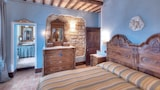 Country House Federico I - Sassoferrato Hotels