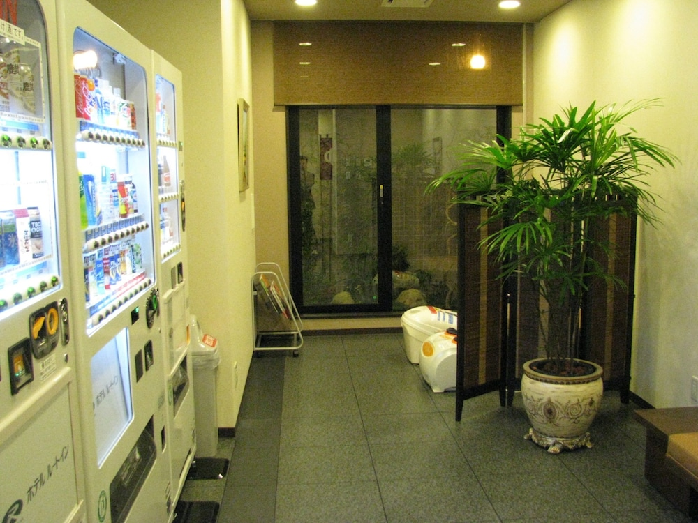Vending Machine, Hotel Route-Inn Hanamaki