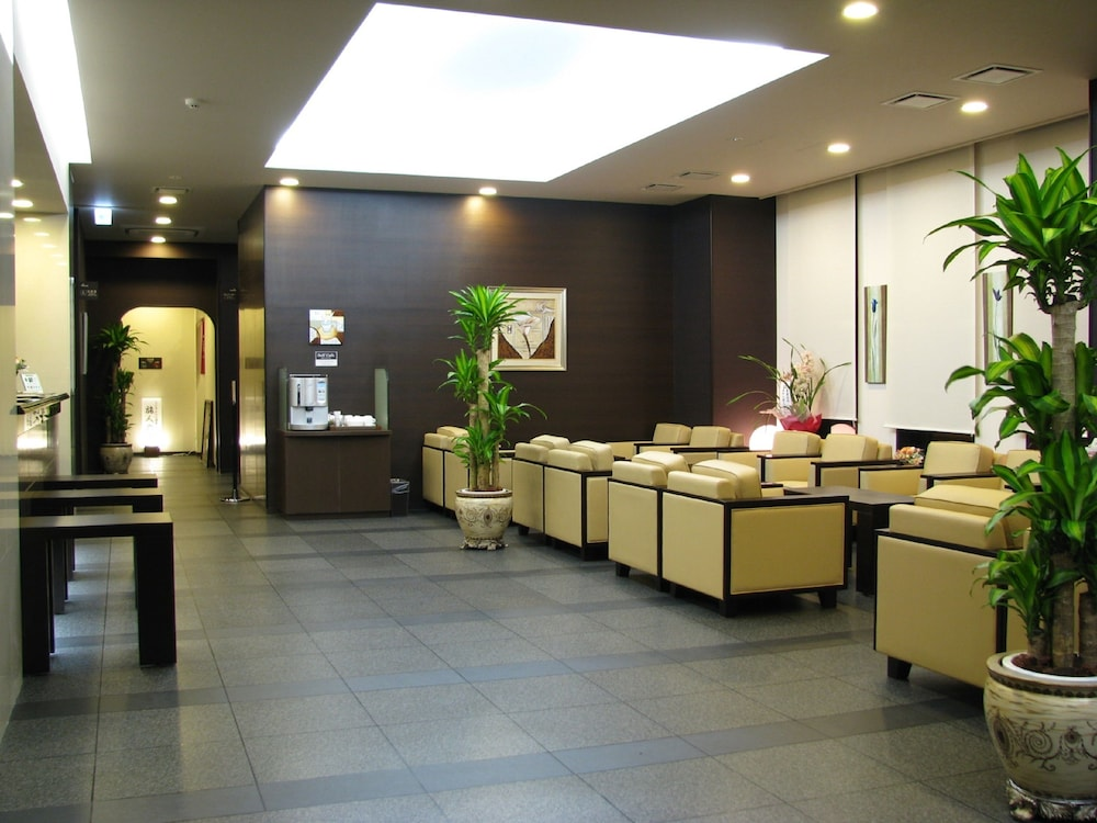 Lobby Sitting Area, Hotel Route-Inn Hanamaki
