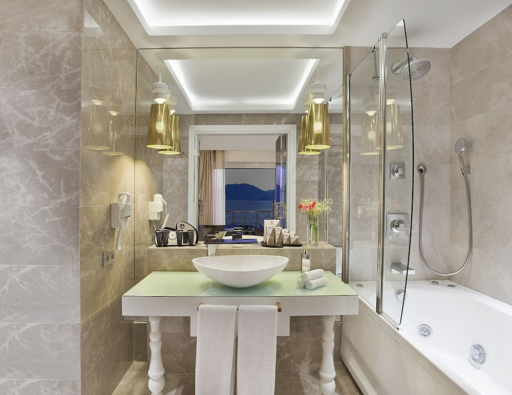 Jetted Tub, La Boutique Hotel Antalya-Adults Only
