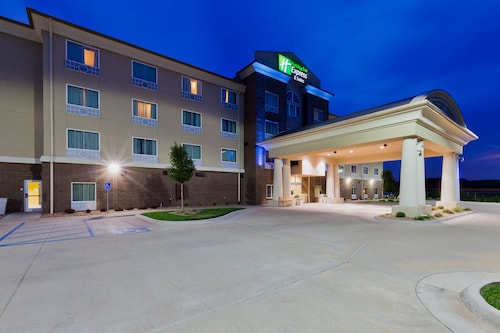 Holiday Inn Express Salinas, an IHG Hotel