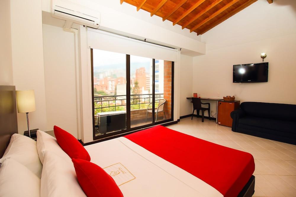 Hotel estadio real medell n colombia for Habitacion familiar medellin