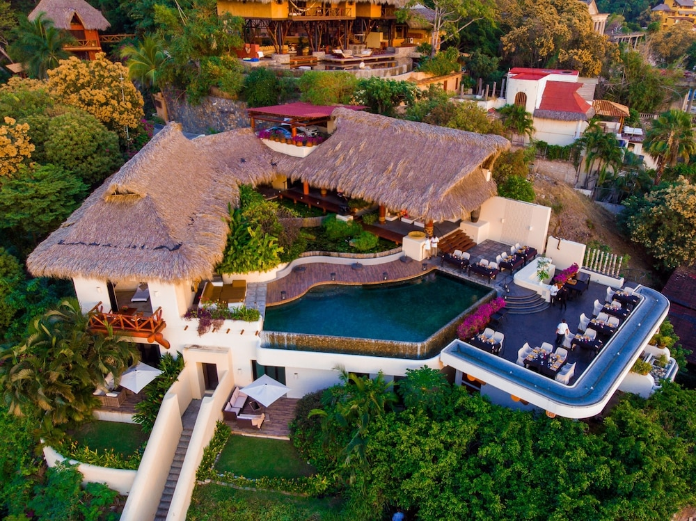 Aerial View, Tentaciones Hotel & Lounge Pool - Adults Only