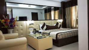 高档床上用品、Select Comfort 床、迷你吧、客房内保险箱