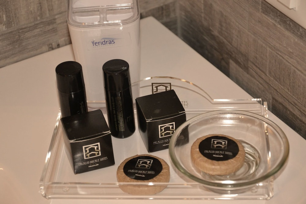 Bathroom Amenities, Palazzo Ducale Suites