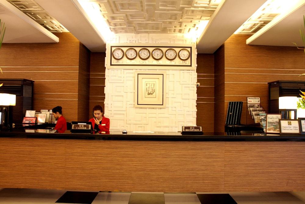 Manila Grand Opera Hotel In Manila Hotel Rates Amp Reviews