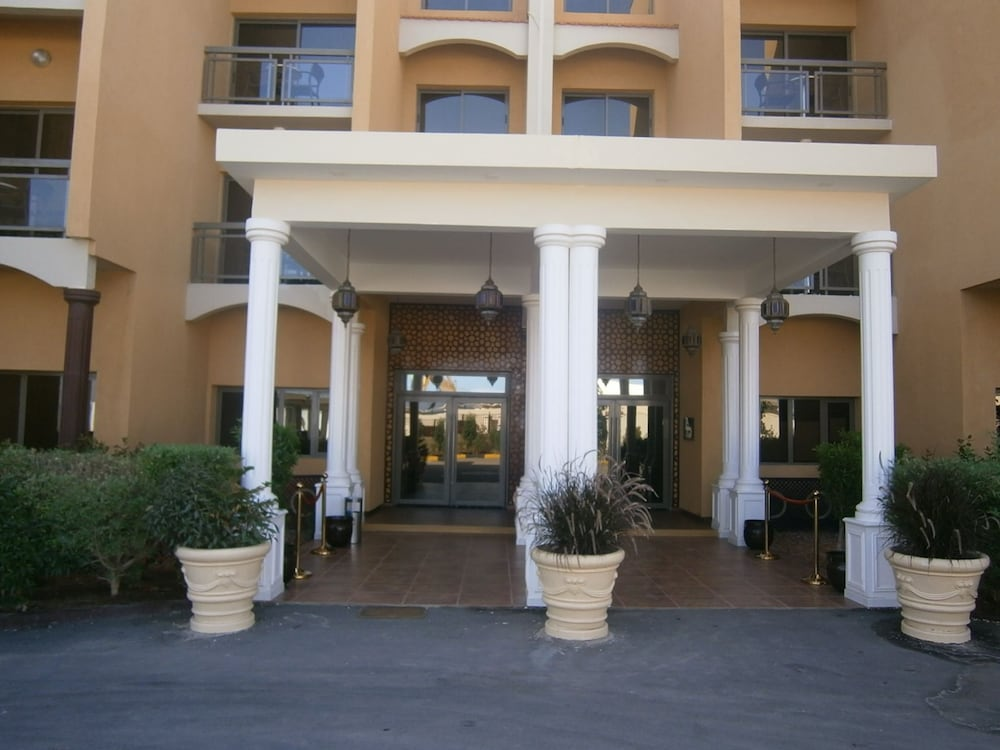 Property Entrance, Acacias Hotel