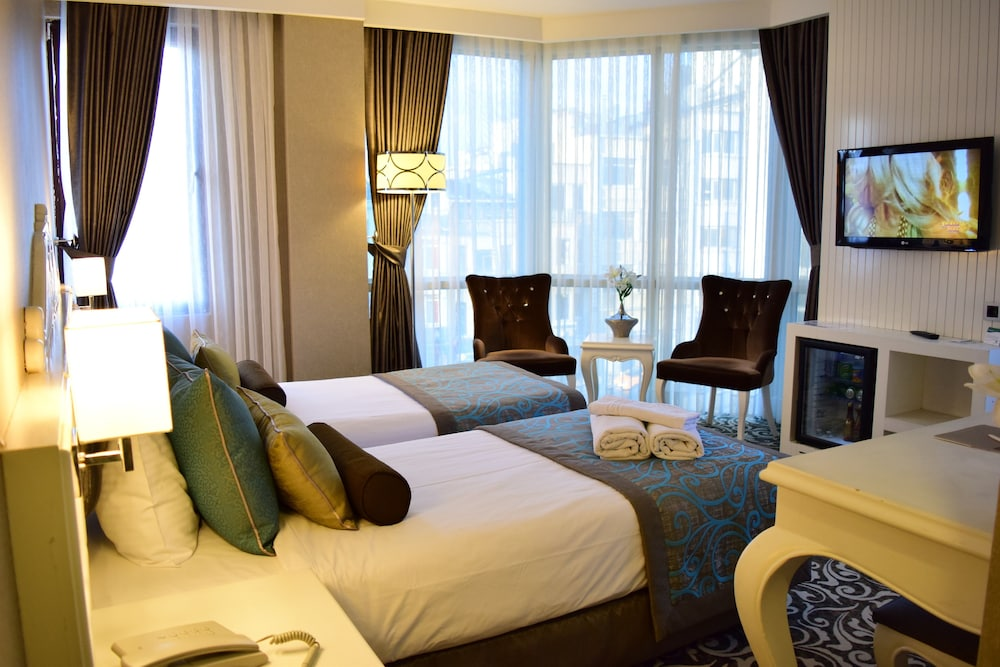 Taksim line hotel istanbul tur best price guarantee for Taksim premium hotel