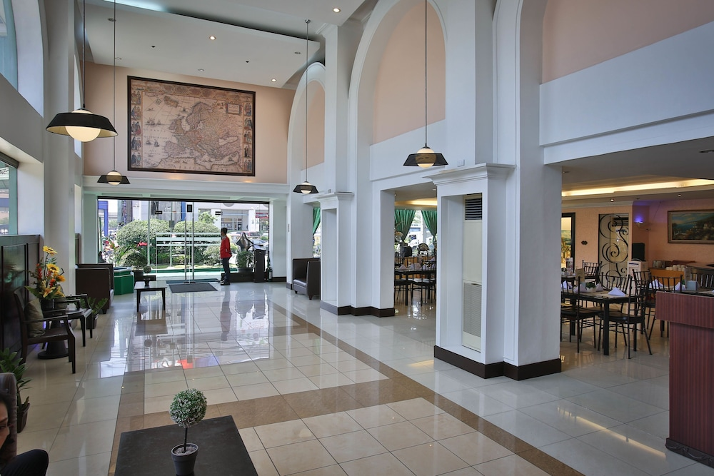 Interior Entrance, Eurotel Las Pinas