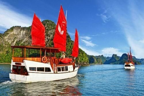 Situated in Ha Long, this hotel is within a 10-minute walk of Tuan Chau Beach and Dolphin Club. Tuan Chau Amphitheater and Thien Cung Cave are also within 2 mi (3 km).  High-speed InternetSwimming pool