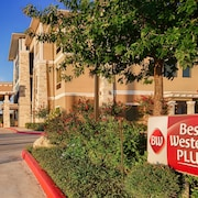 Best Western Plus Lytle Inn & Suites