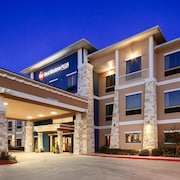 Best Western Plus Lytle Inn Suites