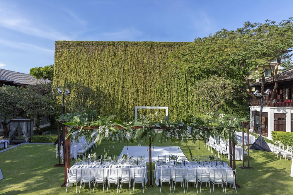 Outdoor Wedding Area, 137 Pillars House