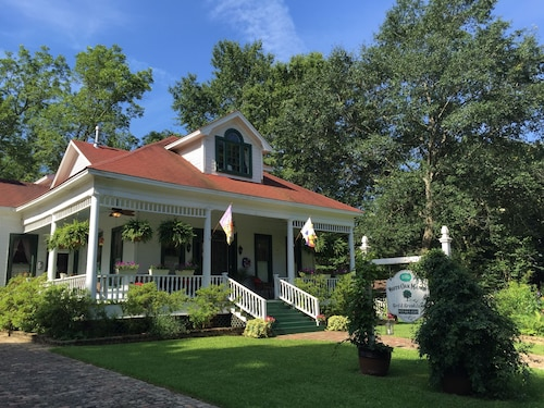 Check Expedia for Availability of White Oak Manor Bed & Breakfast