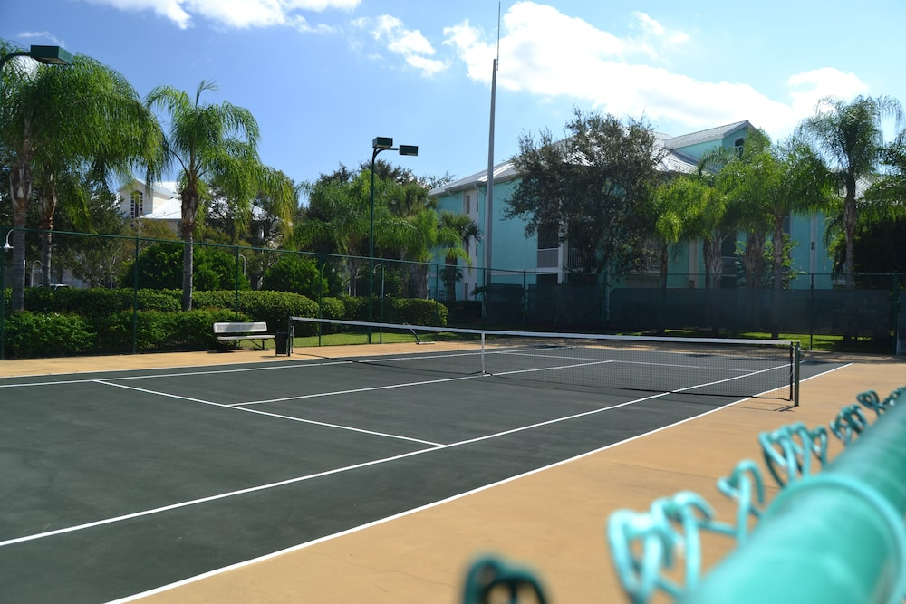 Tennis Court, Cypress Pointe Resort by Diamond Resorts