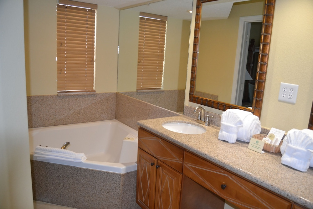 Bathroom, Cypress Pointe Resort by Diamond Resorts