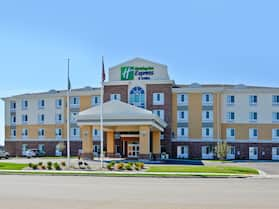 Holiday Inn Express and Suites Williston, an IHG Hotel
