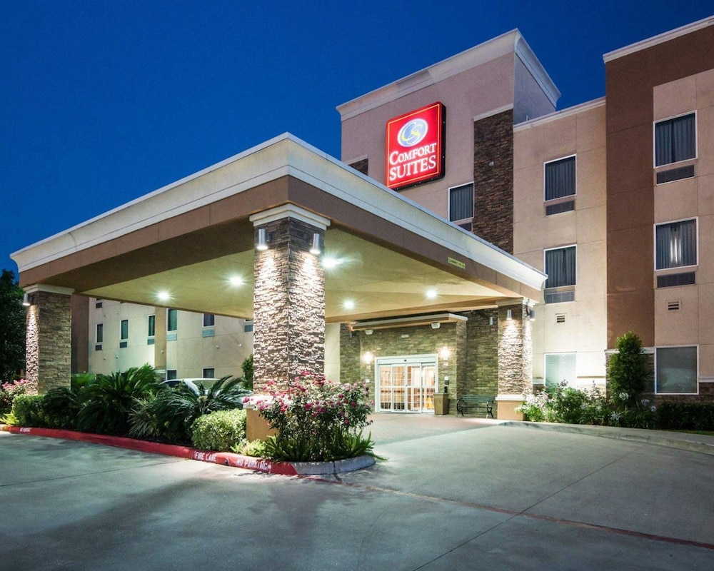 Featured Image, Comfort Suites at Katy Mills