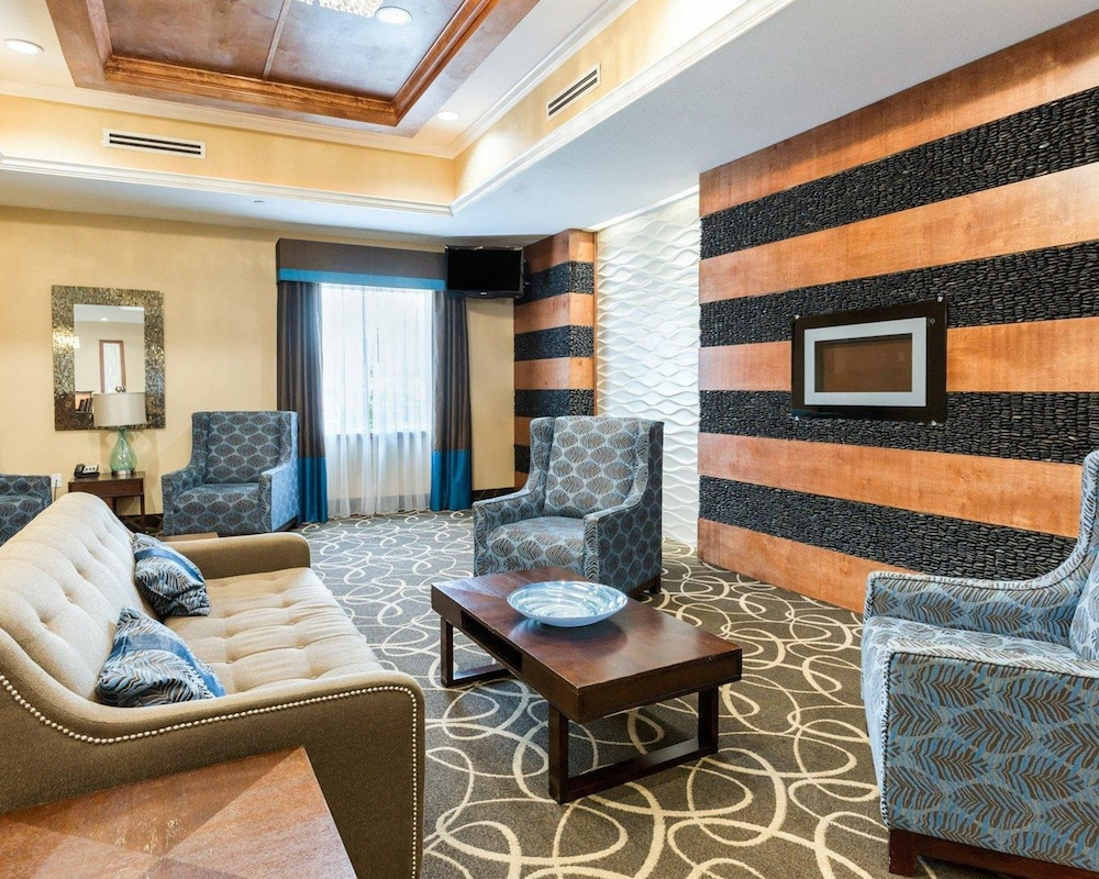 Lobby, Comfort Suites at Katy Mills