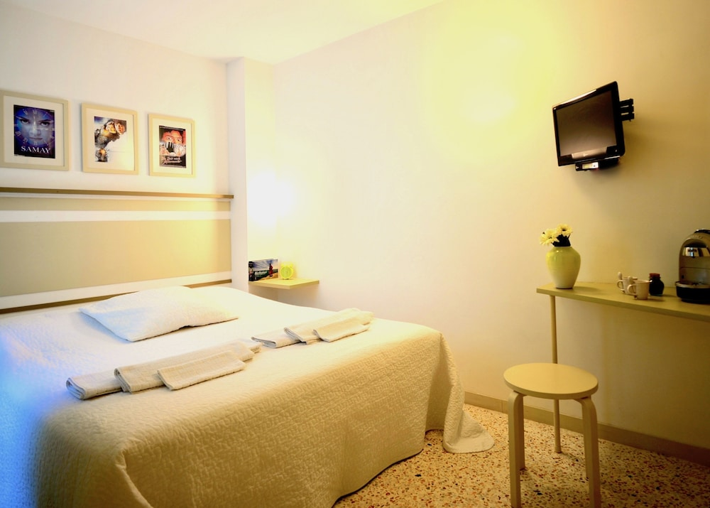 Basic Double Room, 1 Bedroom - Featured Image