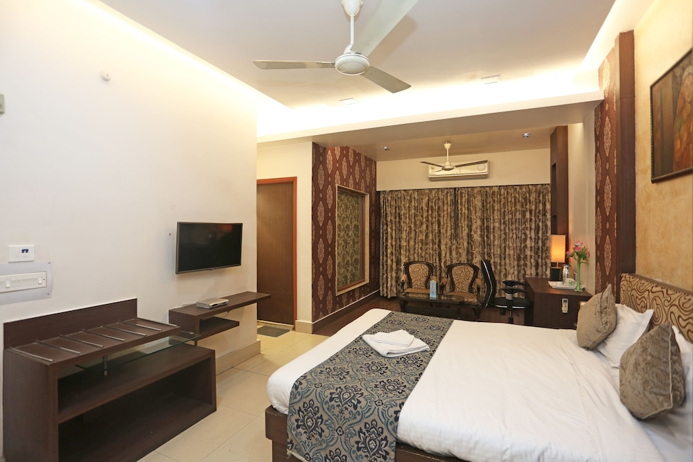 Room, Hotel Rushabh Home