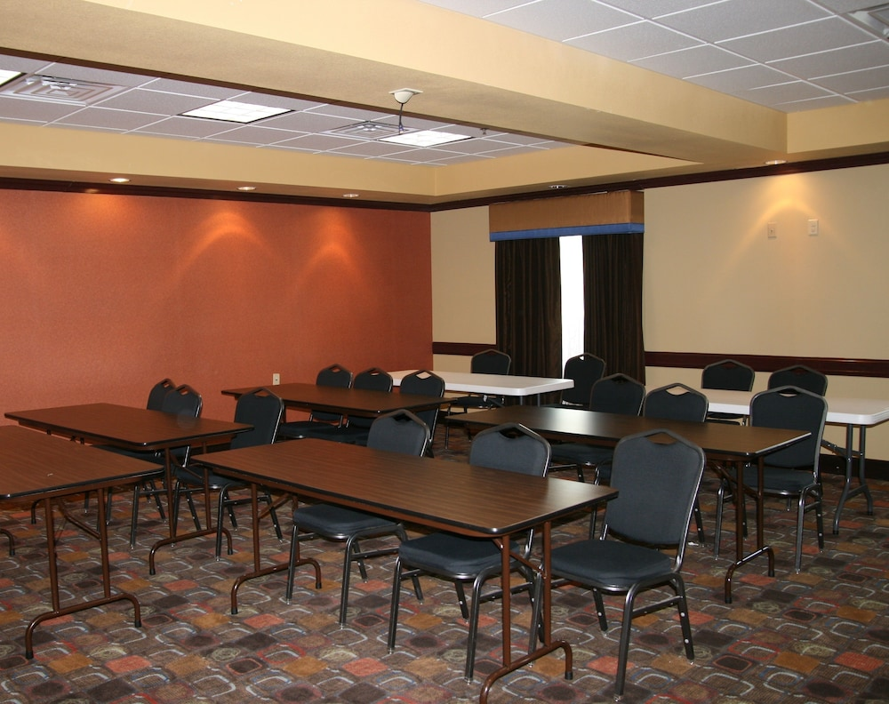 Meeting Facility, Holiday Inn Express and Suites George West