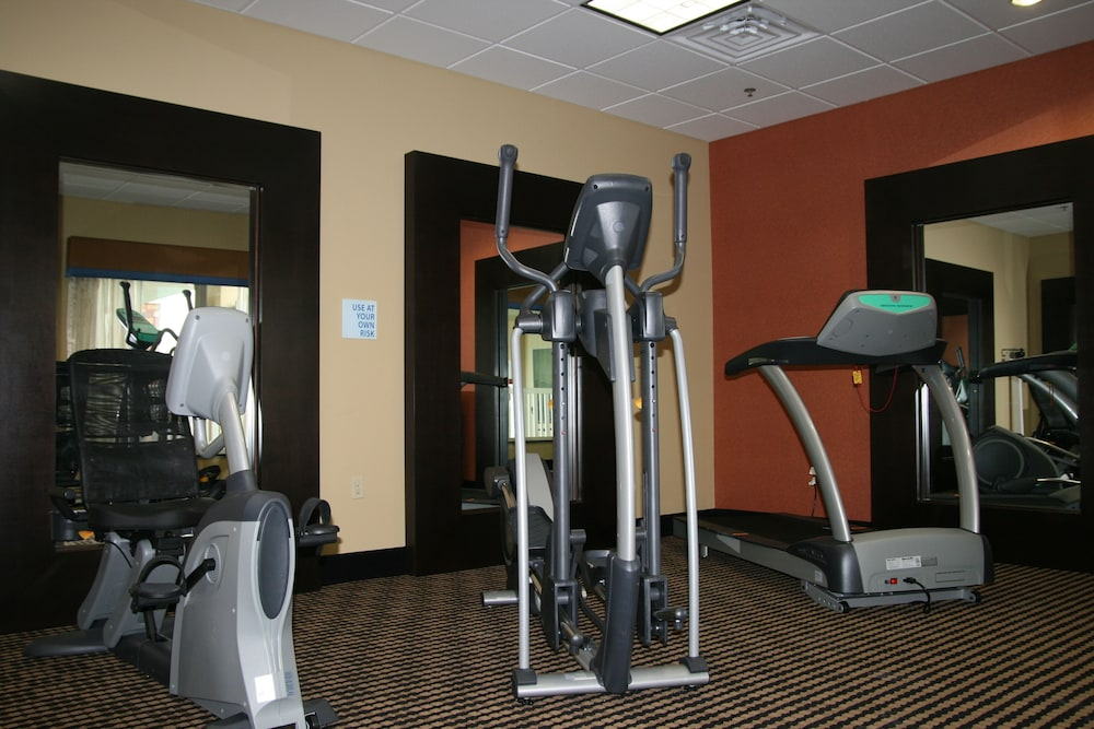 Fitness Facility, Holiday Inn Express and Suites George West