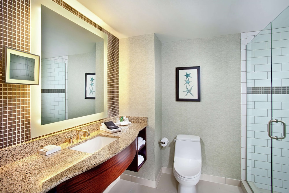 Bathroom, Cape Rey Carlsbad Beach, a Hilton Resort & Spa