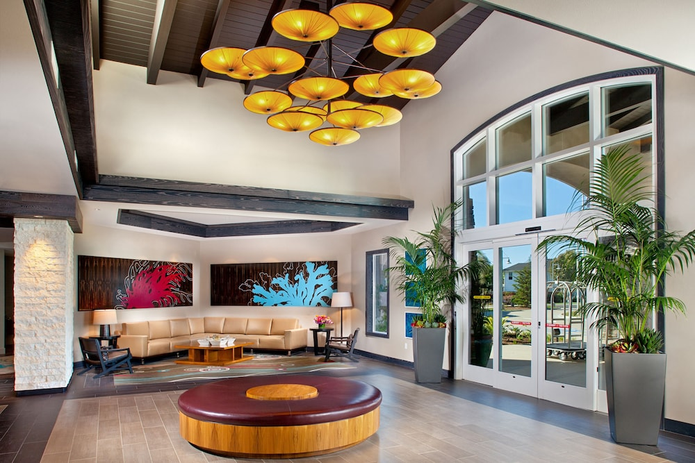 Interior Entrance, Cape Rey Carlsbad Beach, a Hilton Resort & Spa