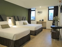 Deluxe Triple Room (Newly Renovated)