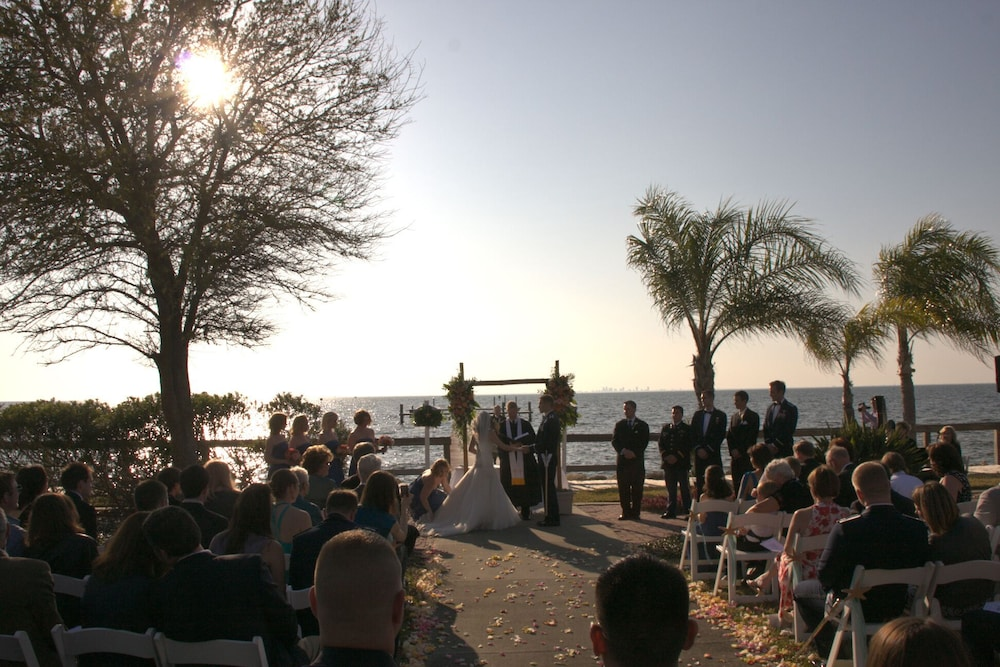 Outdoor Wedding Area, Harborside Suites at Little Harbor