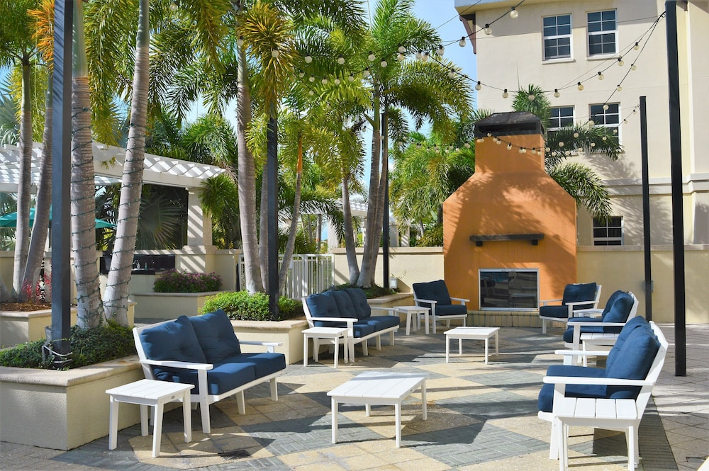 Terrace/Patio, Harborside Suites at Little Harbor