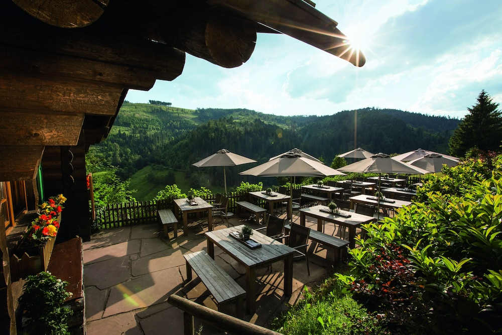 Outdoor Dining, Traube Tonbach