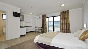 In-room safe, individually furnished, iron/ironing board, free WiFi