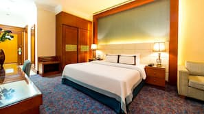 Memory foam beds, minibar, in-room safe, desk