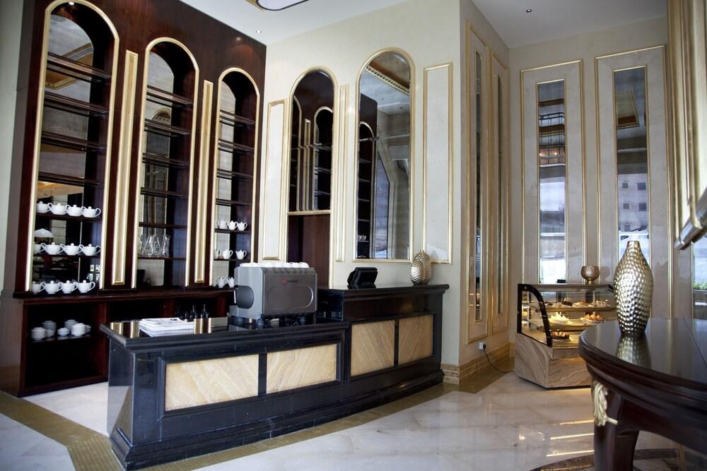 grand excelsior hotel al barsha Дубай