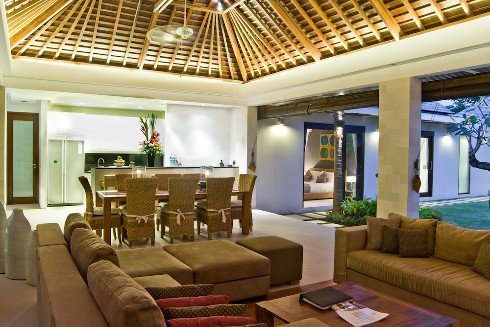 Private Kitchen, Chandra Bali Villas
