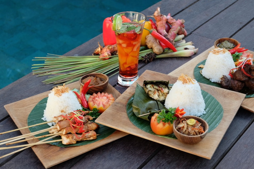Food and Drink, Chandra Bali Villas