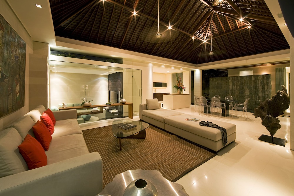 Living Area, Chandra Bali Villas
