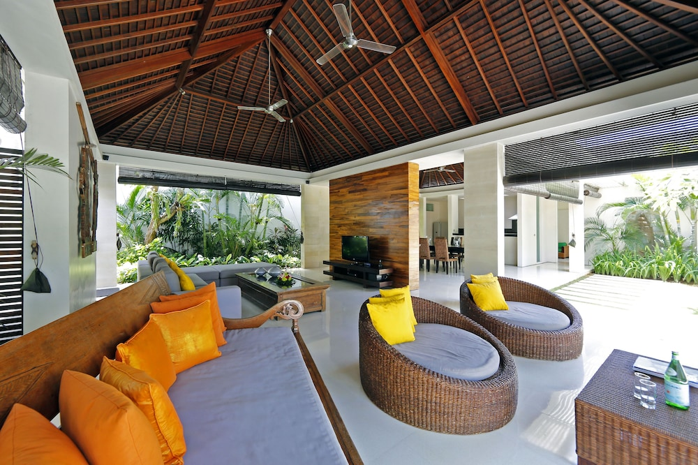 Living Room, Chandra Bali Villas