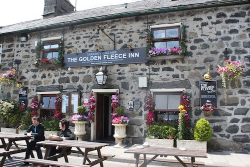 Golden Fleece Inn Tremadog