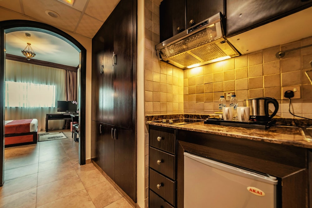 Private Kitchen, First Central Hotel Suites