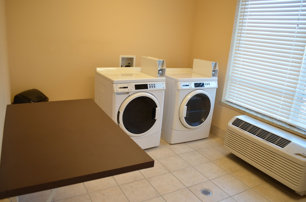 Laundry, Holiday Inn Express Hotel & Suites Smithfield - Selma I -95