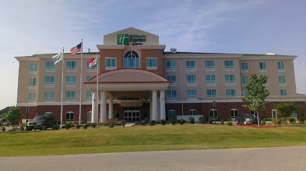 Featured Image, Holiday Inn Express Hotel & Suites Smithfield - Selma I -95